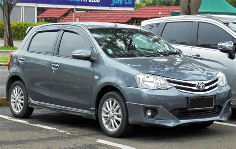 Toyota Etios Valco Picture by File 2014 Toyota Etios Valco 1 2 G Hatchback Ngk10r 01