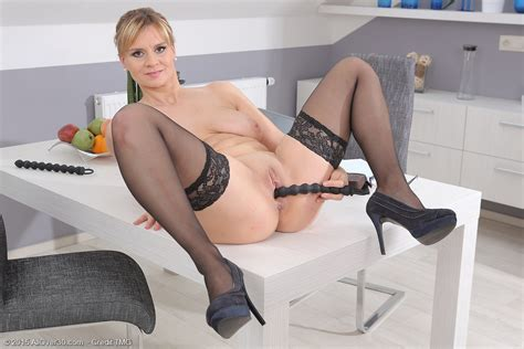 Mature Pictures Featuring 37 Year Old Charlotta Rose From