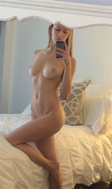 Hot Naked Girl Porn Pic EPORNER