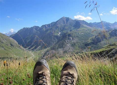 le tour du mont blanc alpes tour du mont blanc la partie sud de chamonix 224 courmayeur randonn 233 e en libert 233