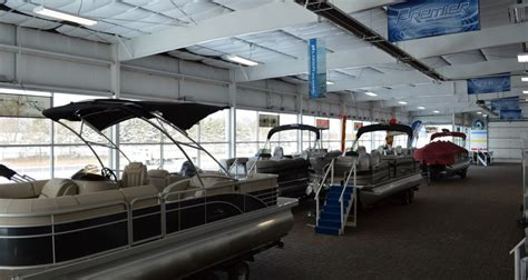 Weeres Paddle Boat For Sale by New Boat And Pontoon Inventory Hallberg Marine