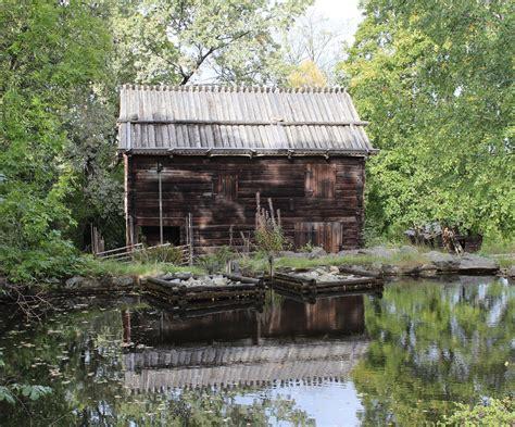 Kleines Häuschen Im Wald Foto & Bild  Europe, Scandinavia