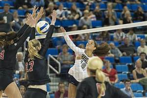 Women's volleyball set to meet Oregon with retooled ...