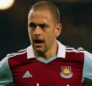Ex-England and Chelsea midfielder Joe Cole retires ...