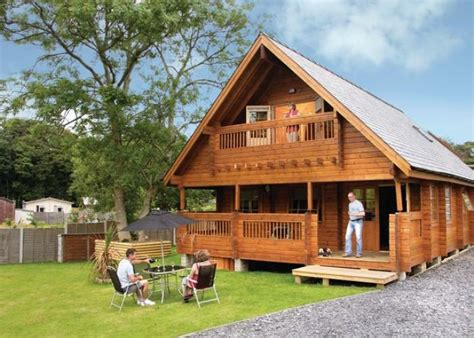 Log Cabins With Tubs Wales by Artro Lodges Barmouth Log Cabins Wales