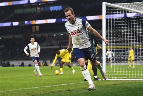 Tottenham Contra Fulham - wpornc