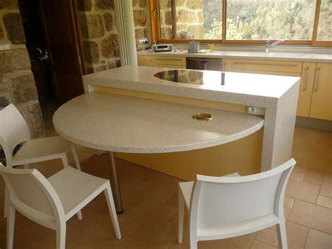 table travail cuisine table plan de travail cuisine sur un meuble de cuisine