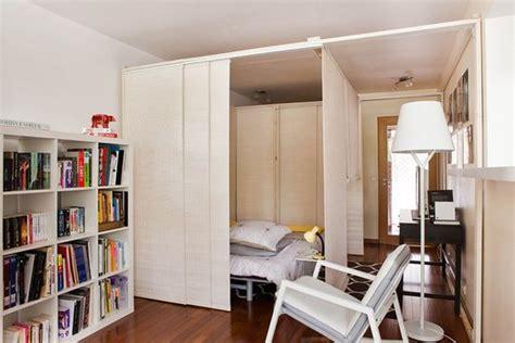 chambre avec coin salon 5 méthodes astucieuses pour intégrer sa chambre dans le salon