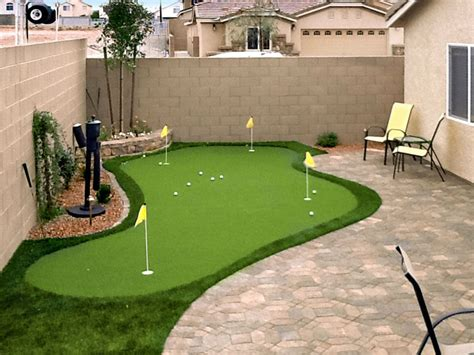 Backyard Putting Green Do It Yourself