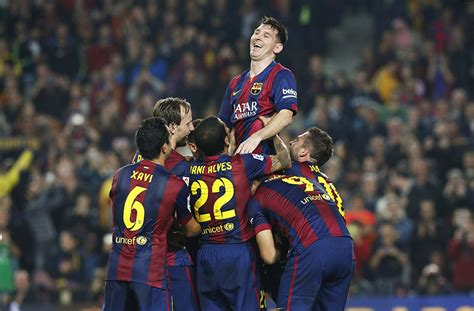 PHOTO GALLERY: Barcelona's Messi sets Spain La Liga record ...