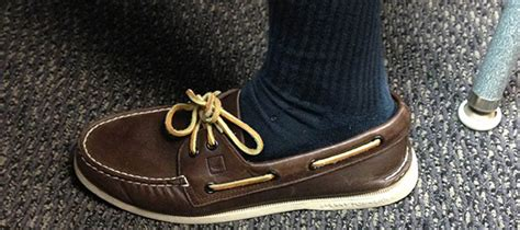 Boat Shoes With Socks by Bare Is Better When Going Sockless In The Summer Is Best