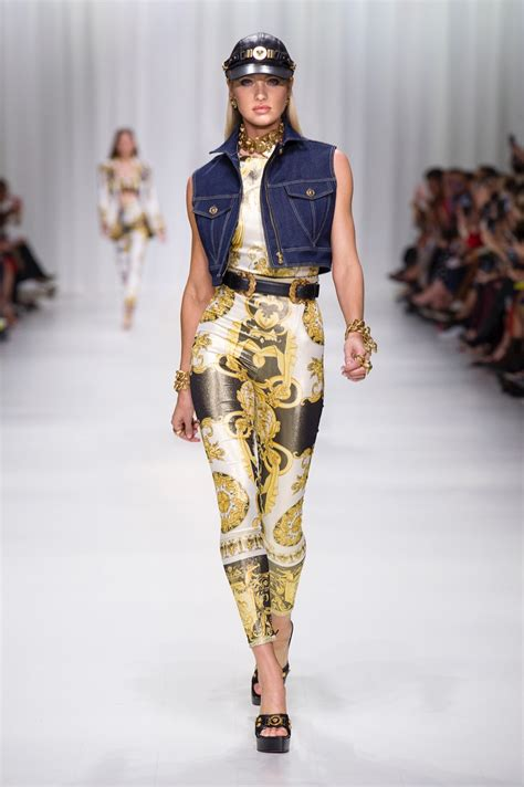 Versace 2018 Spring Summer Runway Fashion Gone Rogue