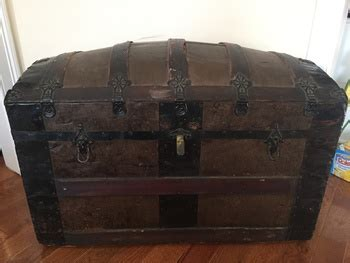 Anyone Know Anything About This Trunk?  Collectors Weekly
