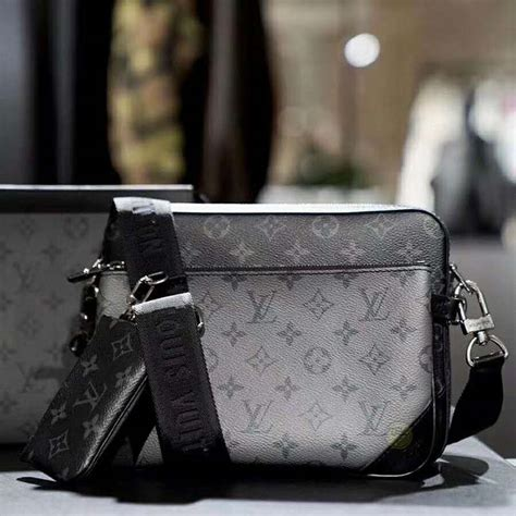 louis vuitton lv men trio messenger bag monogram eclipse canvas lulux
