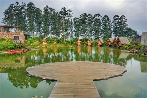 dusun bambu menikmati suasana pedesaan  pinggir kota