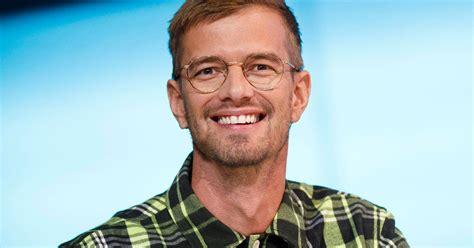 So viele kinder hat joko winterscheidt. Joko Winterscheidt: Der TV-Star privat: Das ist seine ...