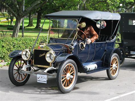 Touring car - Wikipedia