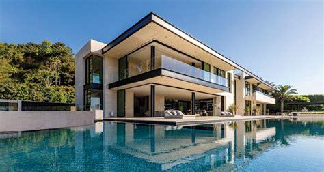 celebrity architect paul mcclean sits  haute living