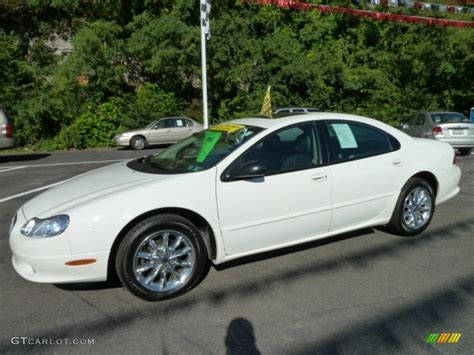 2004 Chrysler Concorde Lxi by White 2004 Chrysler Concorde Lxi Exterior Photo