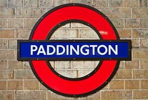 Paddington Underground editorial image. Image of symbol ...