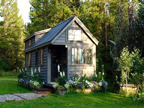 tiny houses price is the cost of a tiny house worth it business insider