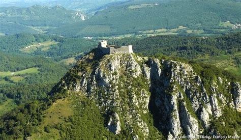 siege pour jeux château cathare montségur l 39 ultime refuge