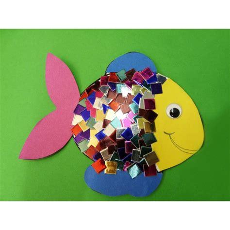geburtstagskalender im kindergarten basteln eine tolle anleitung zum fische basteln im kindergarten f 252 r kindergartenkinder ganz einfach