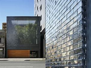 maison zen avec facade en verre a hiroshima With brique de verre exterieur