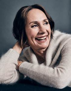 With 'Lady Bird,' Laurie Metcalf Steps Back Into the ...