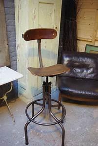 Chaise Industrielle Cuir : chaise haute industrielle meuble de salon contemporain ~ Teatrodelosmanantiales.com Idées de Décoration