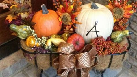 cozy thanksgiving porch decor ideas thanksgiving