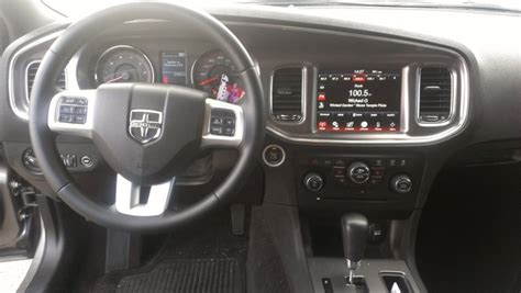 Dodge Charger 2011 Interior by 2011 Dodge Charger Pictures Cargurus