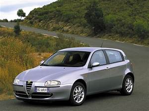 Alfa Romeo 145 : alfa romeo 145 1 9 2001 auto images and specification ~ Gottalentnigeria.com Avis de Voitures