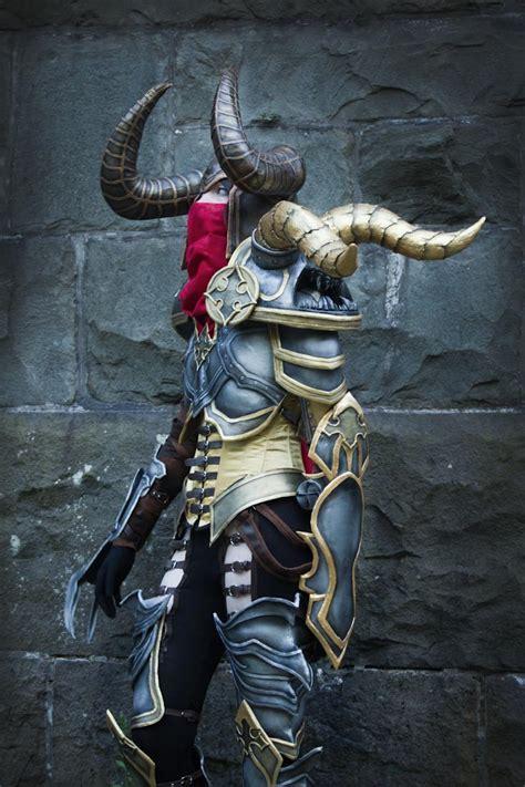 demon hunter lightning cosplay
