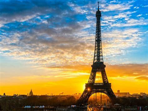 Torre Eiffel  Símbolo, Historia, Tours, Tickets Y Experiencia En La Altura