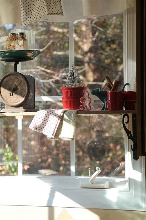 Country rustic Christmas kitchen decorating   Debbiedoos