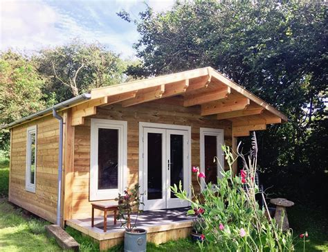 garden cabin garden room log cabin bodmin cornwall south west log