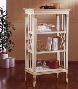Dekorationen Aus Holz : kleines b cherregal aus holz blattgold dekorationen f r wohnzimmer idfdesign ~ Yasmunasinghe.com Haus und Dekorationen