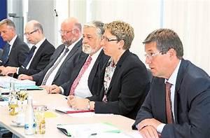 Ob Wahl Duisburg : offenburg ulrich kleine bernimmt vorsitz offenburg ~ A.2002-acura-tl-radio.info Haus und Dekorationen