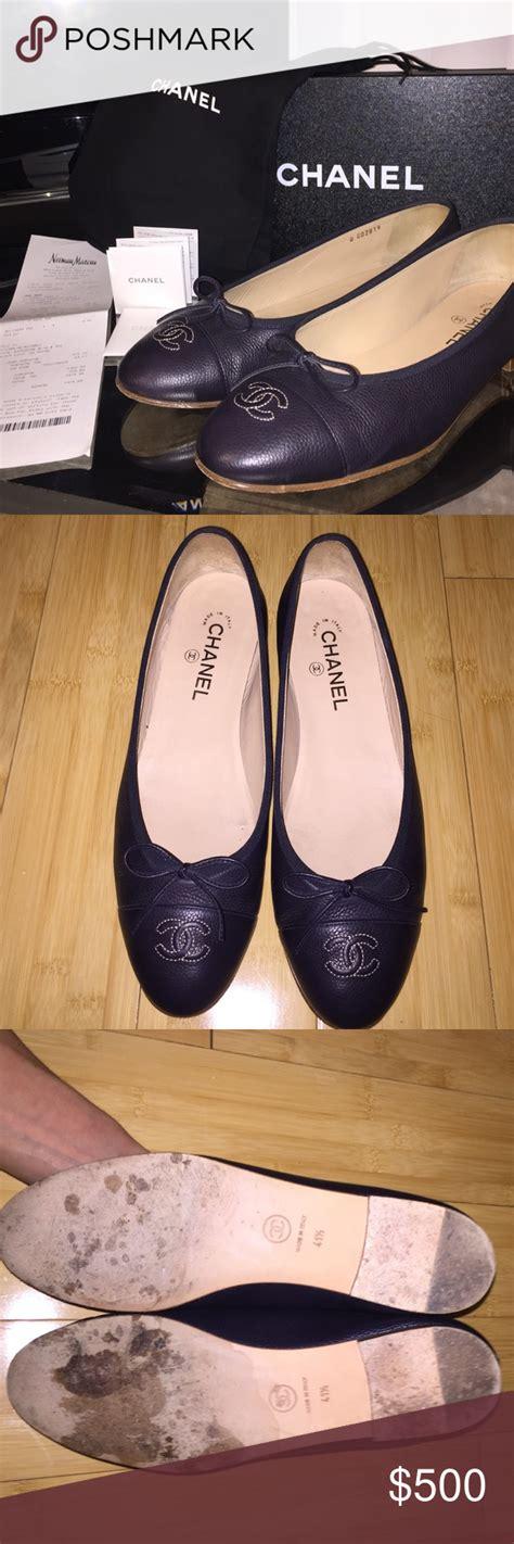foto de Authentic Chanel Ballet Flats in Marine Chanel ballet