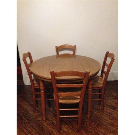 table a manger avec chaise table salle a manger avec chaise maison design modanes com