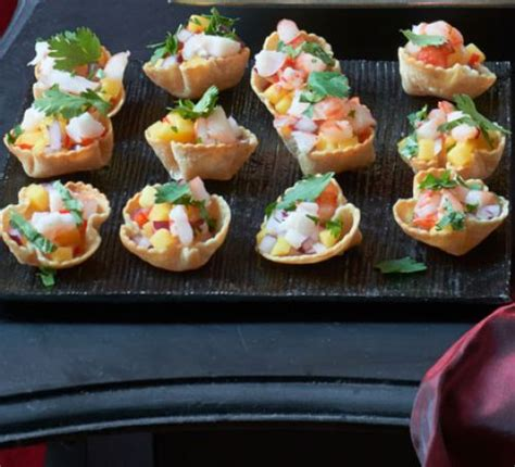 canaper but corn cups with prawns mango chillies recipe food