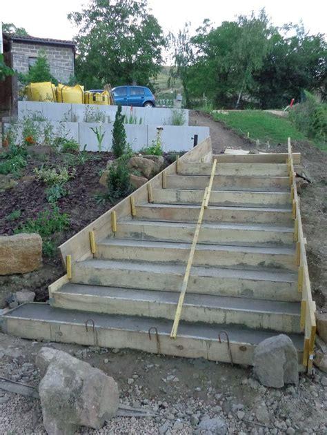 construction des escaliers en beton arme les 25 meilleures id 233 es de la cat 233 gorie coffrage escalier sur espace vide coffrage
