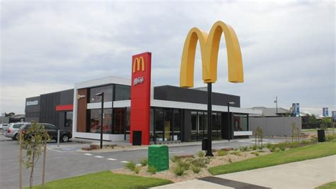 mcdonalds losing money   australia