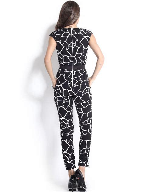 printed jumpsuit monochrome printed contrast jumpsuit e6579 cilory com