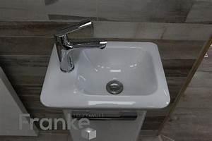 Kleines Waschbecken Mit Unterschrank : kleine platzsparendes waschbecken von keramac mit dem passenden unterschrank ~ Watch28wear.com Haus und Dekorationen