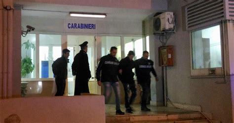 auchan si鑒e auto giugliano furti nelle auto nel parcheggio auchan tre arrestati