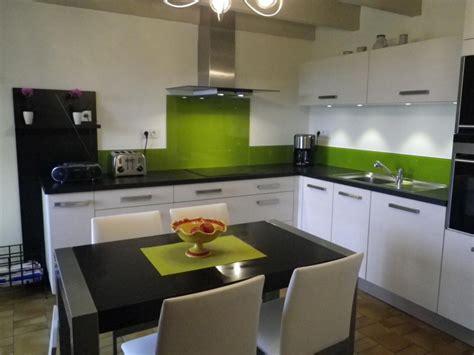 cuisine blanche et verte cuisine verte et blanche