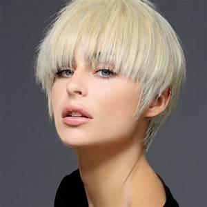 Coiffure Automne Hiver 2017 : coiffures coupes courtes tendances automne hiver 2017 2018 page 9 ~ Melissatoandfro.com Idées de Décoration