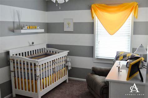 chambre bébé gris et deco chambre bebe gris et jaune